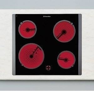 Sklokeramická varná deska EHL 6690