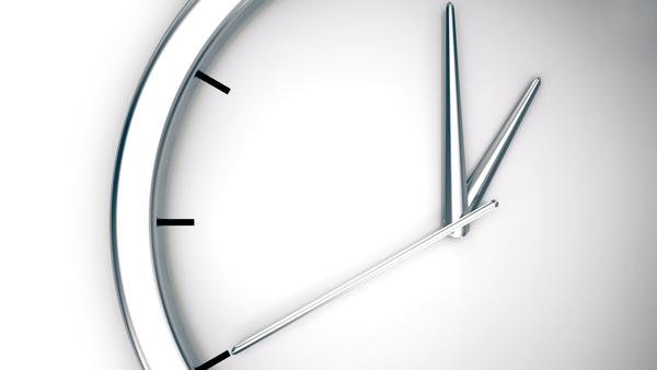 Jednoduchý systém přednastavení programu na požadovaný čas spuštění